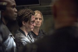 The 100 2x02-2