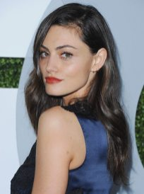 Phoebe Tonkin GQ Men Of The Year party 3