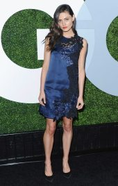 Phoebe Tonkin GQ Men Of The Year party 5