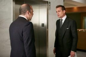 Suits 5x02-3