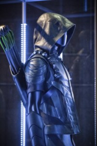 Arrow 4x01-7