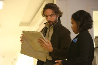 Sleepy Hollow 3x01-3