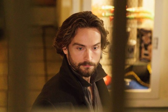 Sleepy Hollow 3x01-5