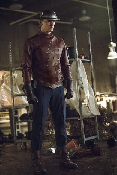 The Flash 2x02-7