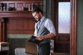 How To Get Away With Murder 2x08 - CHARLIE WEBER