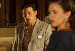 "Agent Carter 2x03 ""Better Angels"" -- Pictured -- Enver Gjokaj as Agent Daniel Sousa and Hayley Atwell as Agent Peggy Carter"