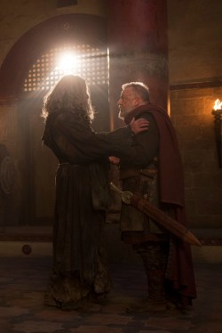Of Kings and Prophets 1x01 - MOHAMMAD BAKRI, RAY WINSTONE