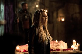 The 100 3x09-6