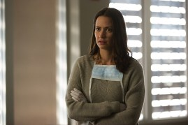Containment 1x03-4