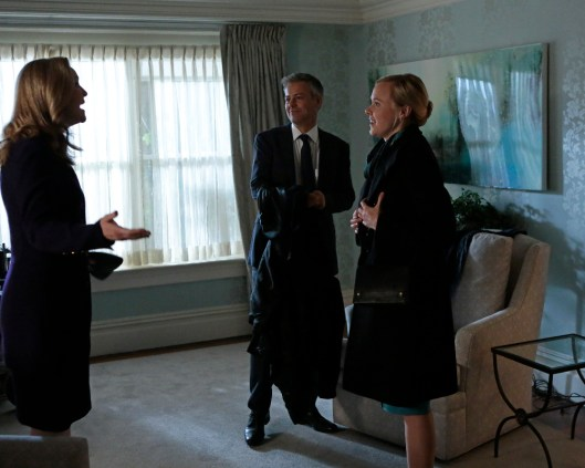 The Family 1x09 - JOAN ALLEN, RUPERT GRAVES, ALISON PILL