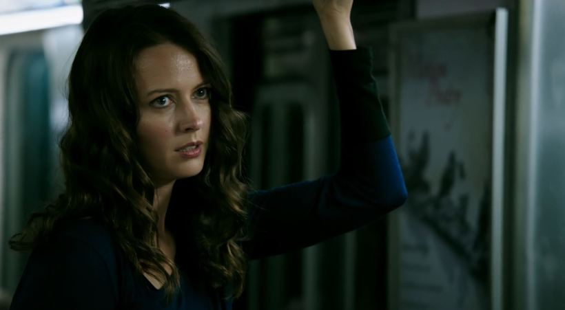 Amy-Acker-as-Root.-Person-Of-Interest-S5Ep01-B.S.O.D.-Review