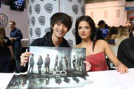 Comic-Con 2016 - The 100 Signing 3