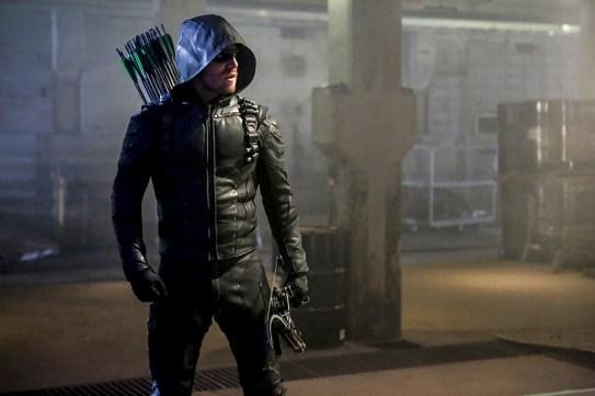 Arrow 5x01-8