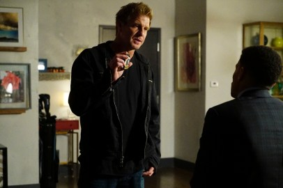 Secrets And Lies 2x05 - KENNY JOHNSON