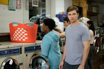 Beyond 1x05 - BURKELY DUFFIELD