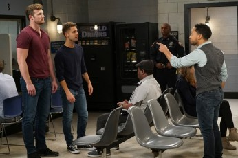 Baby-Daddy-6x02-16