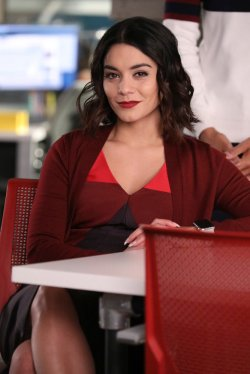 POWERLESS 1x06