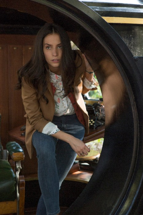 TIME AFTER TIME 1x04 - GENESIS RODRIGUEZ