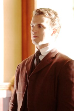 TIME AFTER TIME 1x05 - FREDDIE STROMA