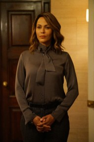 TIME AFTER TIME 1x05 - NICOLE ARI PARKER