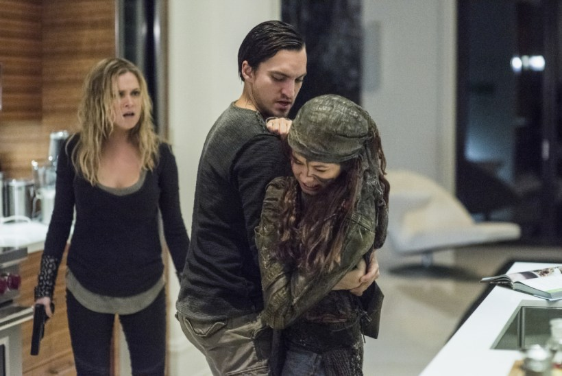 """The 100 4x07 """"Gimme Shelter"""" Synopsis, Promotional Photos & Preview"""