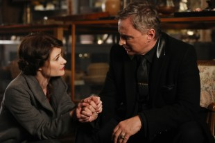 Once Upon A Time 6x19 - EMILIE DE RAVIN, ROBERT CARLYLE