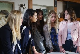 Pretty Little Liars 7x11 - SASHA PIETERSE, SHAY MITCHELL, TROIAN BELLISARIO, ASHLEY BENSON, LUCY HALE