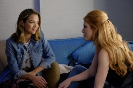 Famous In Love 1x04 - 01