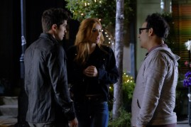 Famous In Love 1x04 - 09