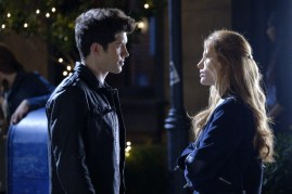 Famous In Love 1x04 - 11