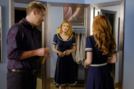 Famous In Love 1x06 - 17