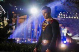 Supergirl 2x22-18