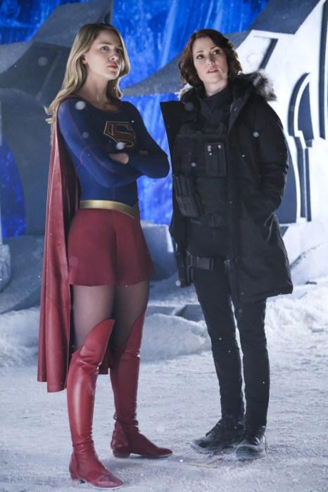 Supergirl 2x22-7