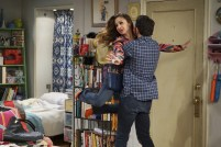 Young & Hungry 5x10 - 04