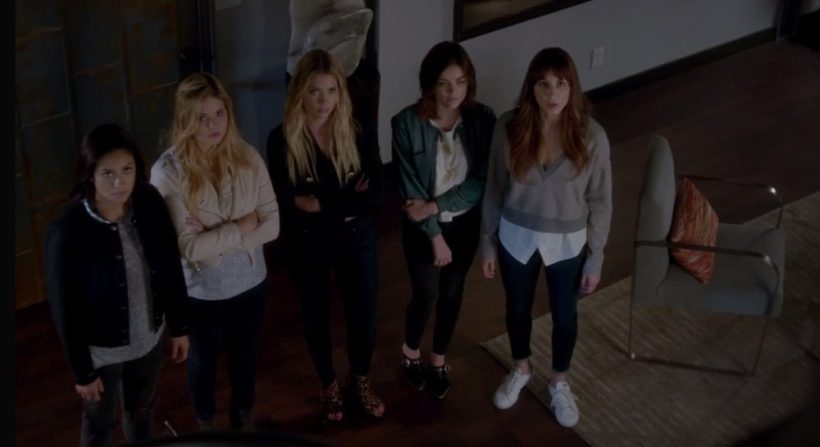 """Pretty Little Liars 7x16 """"The Glove that Rocks the Cradle"""" Top Moments"""