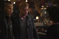Shadowhunters 2x13 - 01