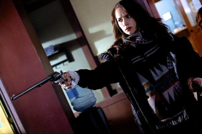 "Wynonna Earp 2x03 ""Gonna Getcha Good"""