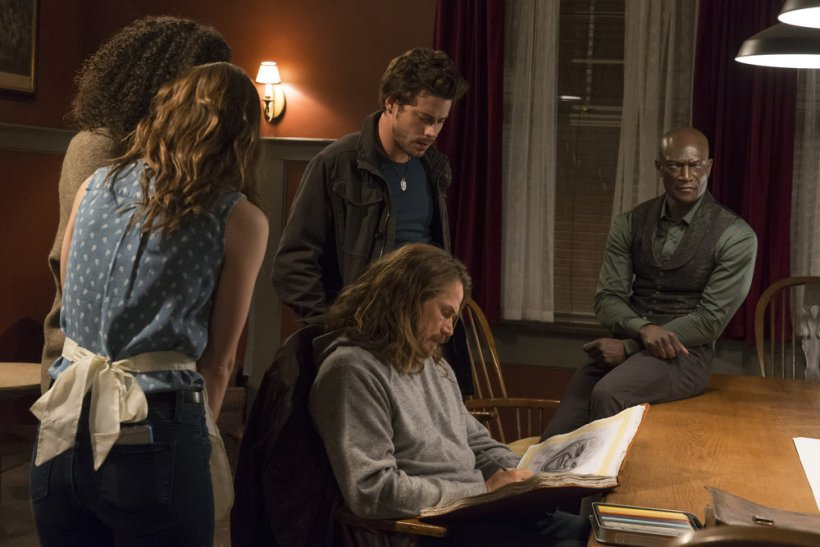 """Midnight, Texas 1x04 """"Sexy Beast"""" Synopsis, Promotional Photos & Preview"""