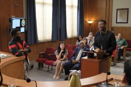 The Mayor 1x02-2