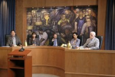 The Mayor 1x02-29