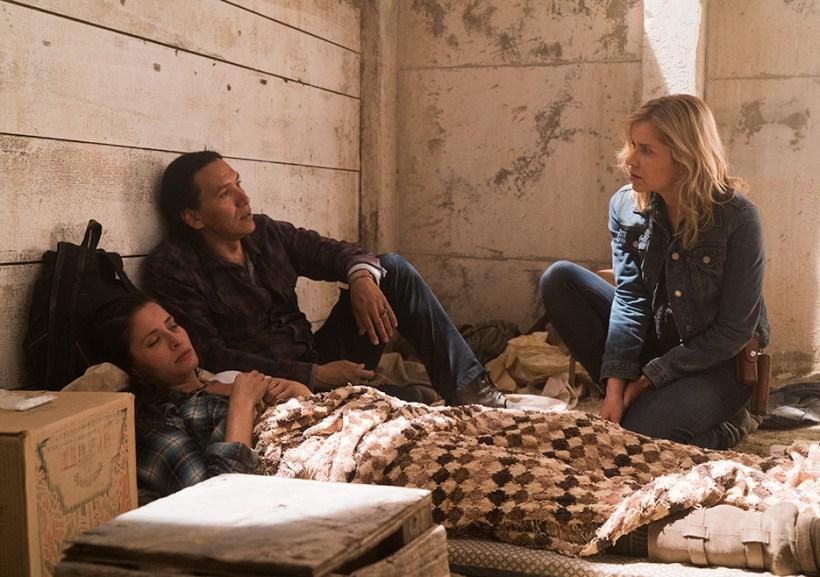 Fear The Walking Dead 3x14 El Matadero Mercedes Mason Kim Dickens Michael Greyeyes