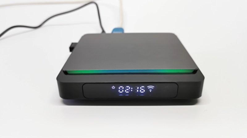 X3 Pro TV Box LED didplay