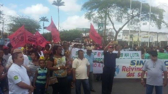 Mobilização contra a Reforma da Previdência reúne pessoas na cidade de Conceição da Feira