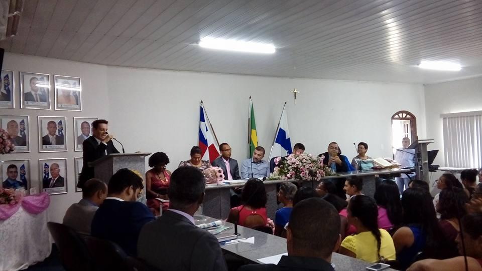 Sessão da Câmara de Vereadores de Conceição da Feira nesta quinta (09/03) foi em homenagem as mulheres