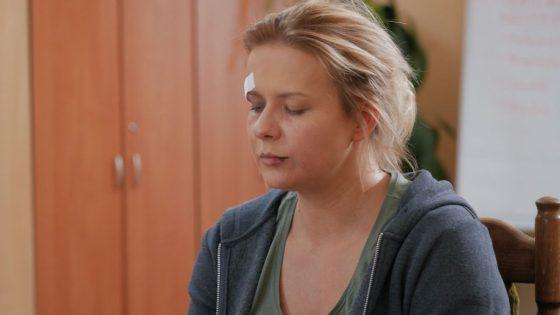 """""""Pierwsza Miłość"""" - Marysia wychodzi z więzienia (fot. B.Bogielczyk)"""