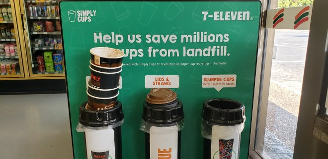 A Simply Cups Collection Stand at 7-Eleven