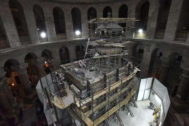 PROD-Church-Of-Holy-Sepulchre-In-Jerusalem