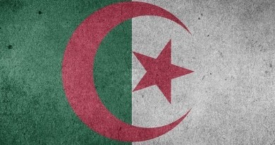 Comment Le Régime Politico-Militaire Essoufflé, Fragilise l'Algérie.