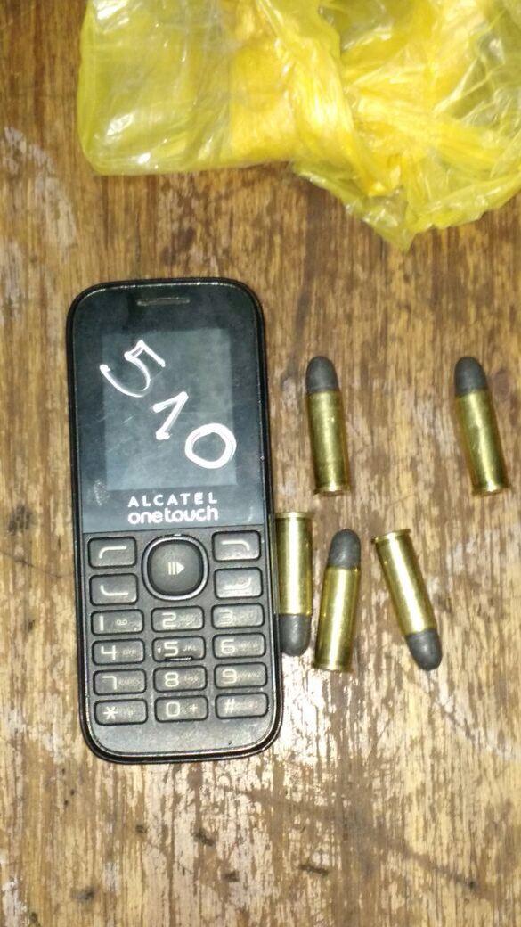 celular y municiones