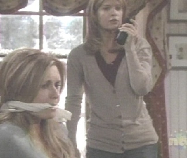 Phyllis Looks Up In Terror At The Scene While Lauren Just Freezes In Horror